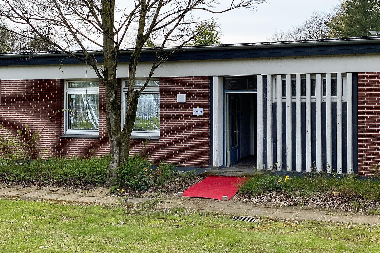 Ausstellungsgebäude auf dem Gelände der ehemaligen St. Barbara Kaserne in Dülmen [Krankenstation]   Aussenansicht