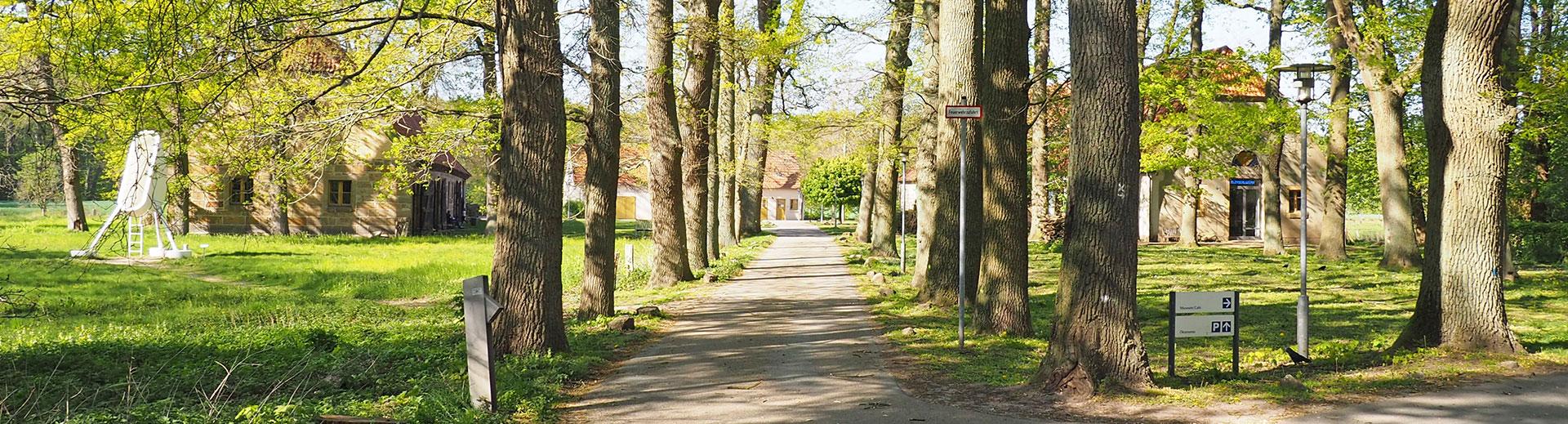 Workshops | Kloster Bentlage Rheine | Aussenansicht | Druckwerkstatt und Gelände