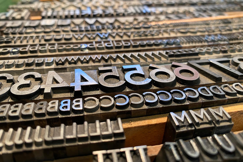 Arbeitsmaterial   Bleisatzbuchstaben